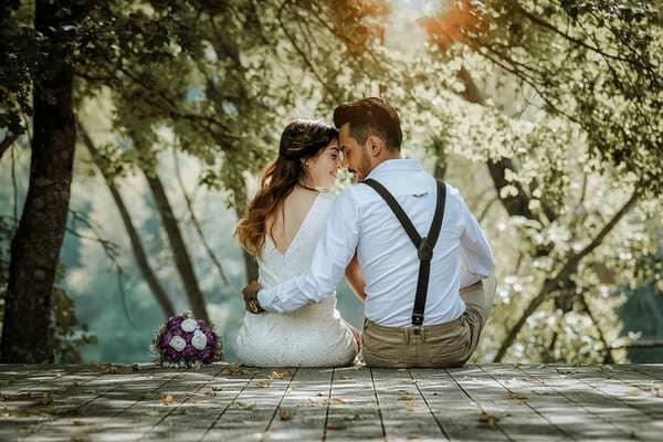 結婚して幸せな夫婦