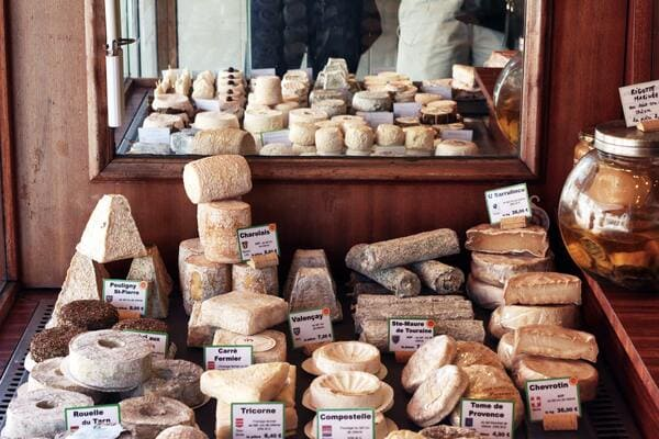 たくさんのシェーヴルチーズ