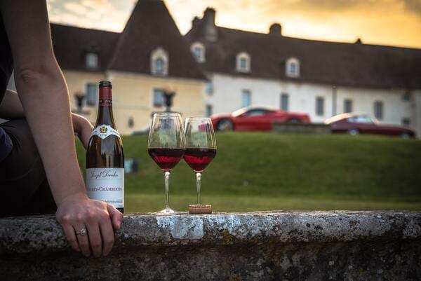 ブルゴーニュワインとグラス