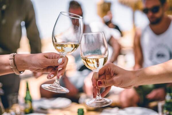 白ワインで乾杯