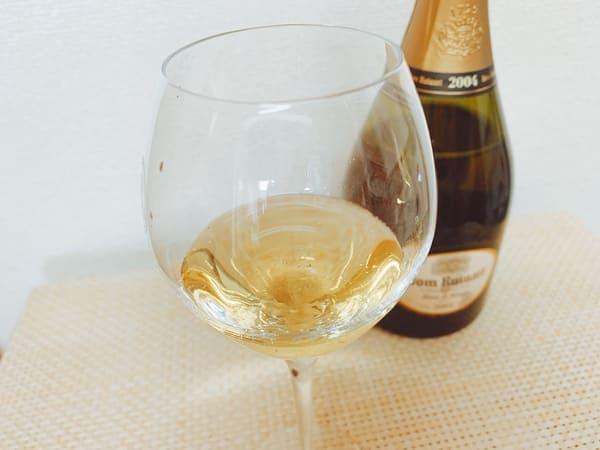 ドン・ルイナールの入ったグラス