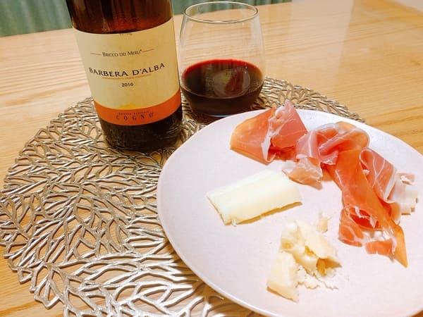 ペコリーノ・ロマーノと赤ワイン