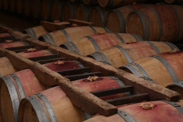 ボルドーのワイン樽
