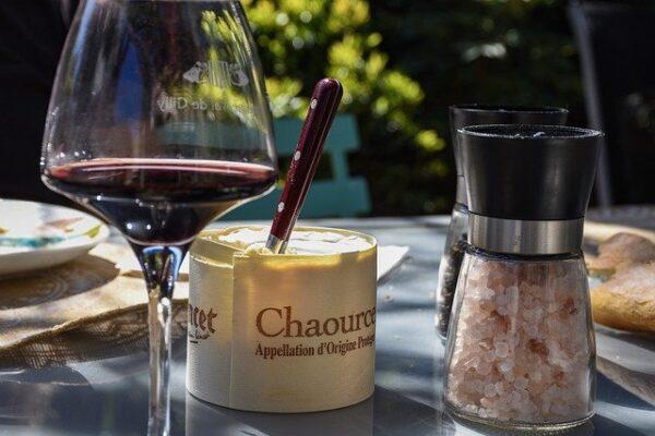 シャウルスと赤ワイン